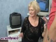 Жена смотрит как муж трахает подруг видео 190